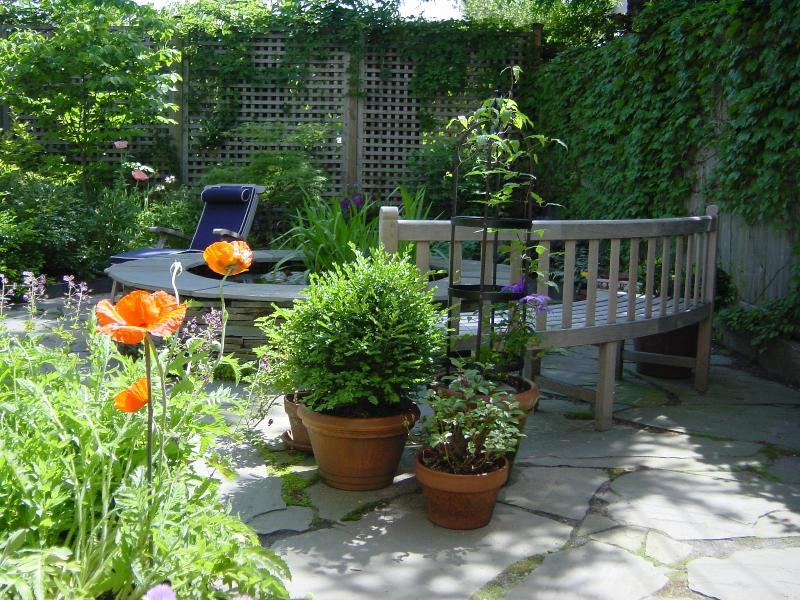 Your Garden Oasis - Prime Garden Apartment in Heart of Fort Greene - Brooklyn - rentals