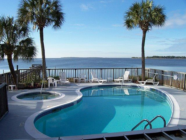 Pool & Hot Tub overlooking the Gulf - CLAM GOOD TIME 2Br/2Ba Condo w/Pool & Hot Tub - Cedar Key - rentals