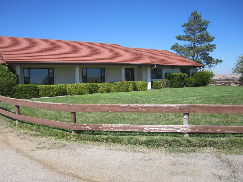 house - 3 bedroom home on 16 acres - Paso Robles - rentals