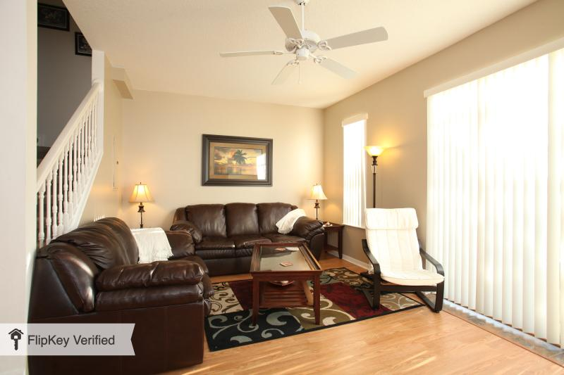 Forget The Hotel -Close to Disney - 3 bed Townhome - Image 1 - Kissimmee - rentals