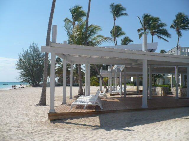 Private beach sun structure - Fabulous 2 Bedroom Condo In Playa Turquesa - Punta Cana - rentals