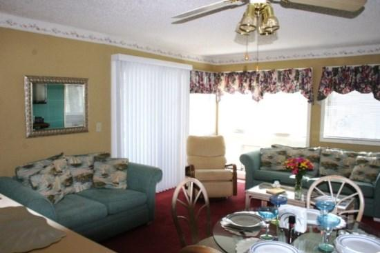 2 blocks to Longest Pier on Coast-2 Pools-Tennis 25503 - Image 1 - Myrtle Beach - rentals
