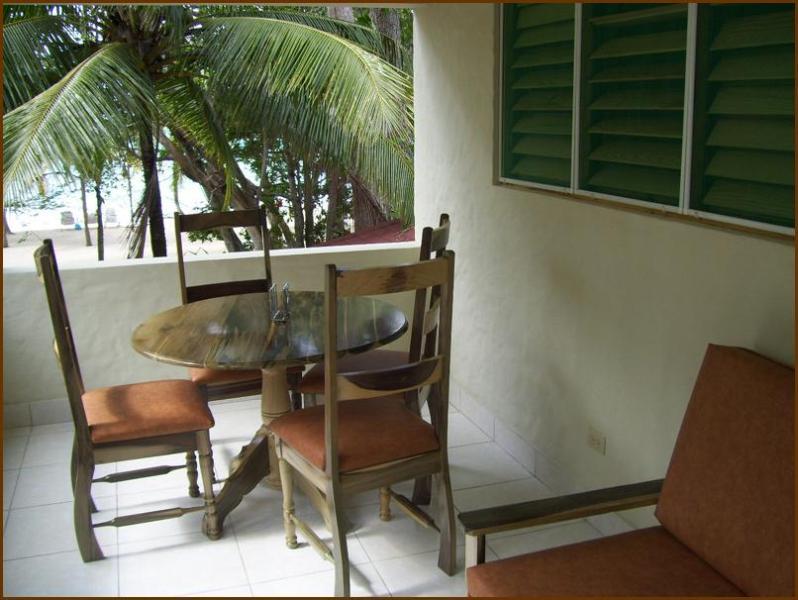 Sundeck II Studio, Nirvana on the Beach - Image 1 - Negril - rentals