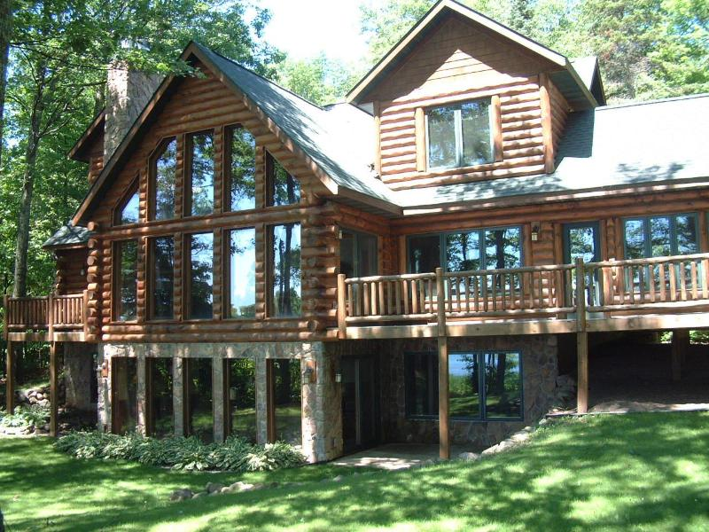 View of back of Cabin - High End Northwoods Log Home 5 Bedrooms Round Lake - Hayward - rentals