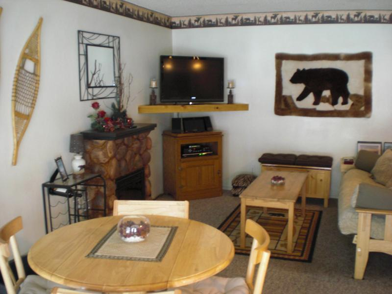 Entrance to Living Room - Adorable Mtn. Decor Condo on Forest Edge - South Lake Tahoe - rentals
