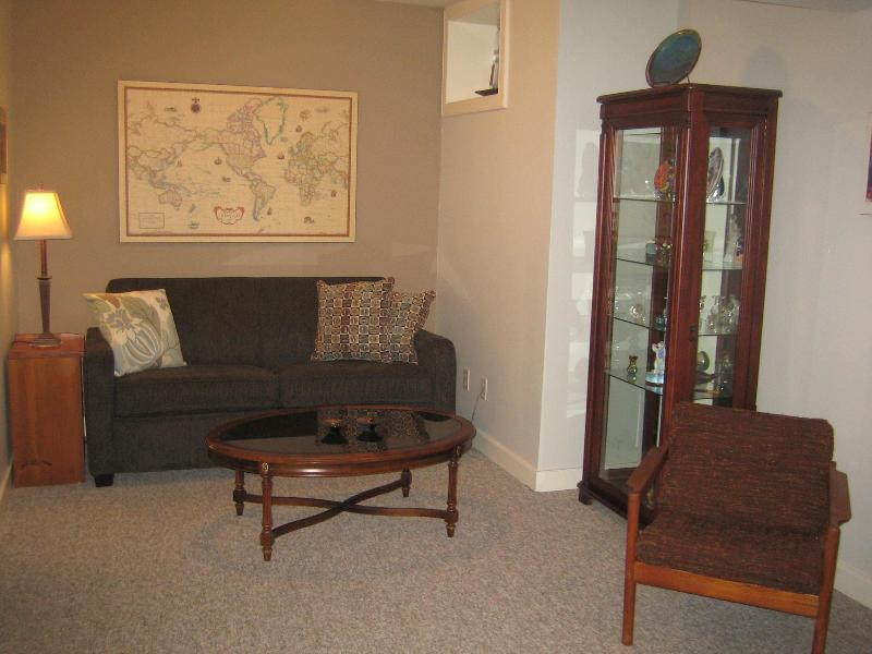 Family room with sofabed - S & S Short Stay Rental - Duncan - rentals