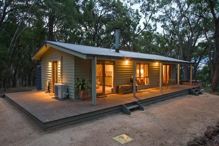 Tennis Court Cottage - Mirkwood Forest Self-contained Spa Cottages - Woodend - rentals