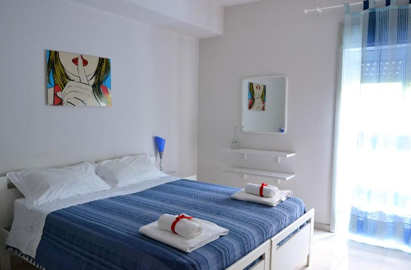 Blue bedroom - Art Apartment, quiet and cozy, with private garden - Taormina - rentals