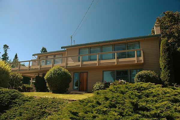 Sea Lion Lodge - Image 1 - Sooke - rentals