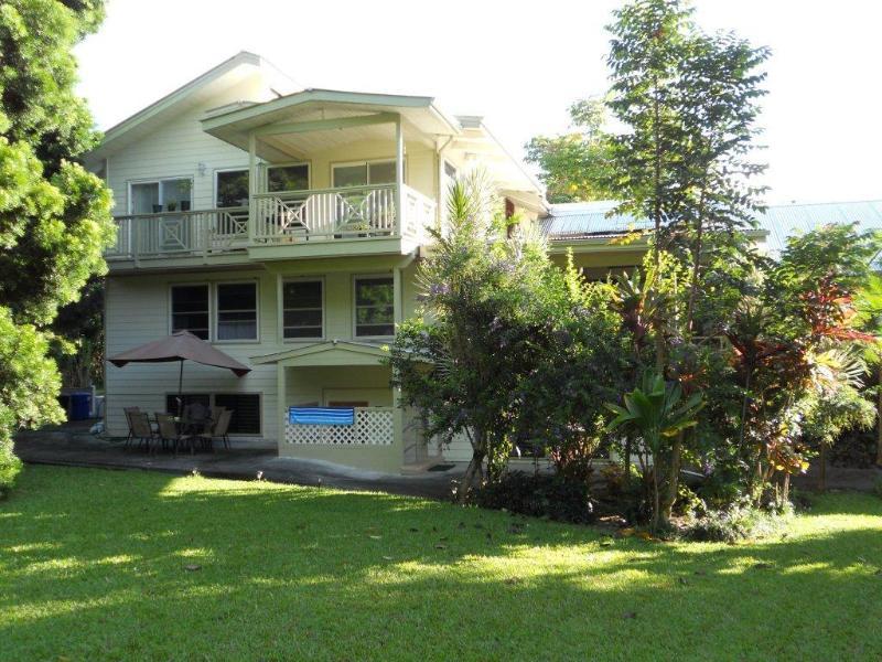 Garden - Nice Studio Apt. Hamakua Coast, 5 min to Dtwn Hilo - Papaikou - rentals