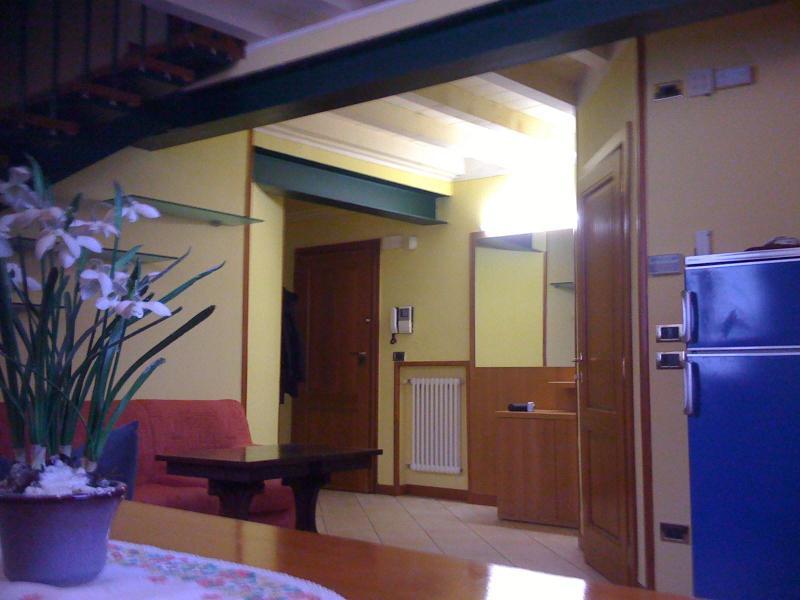 Apartment in a condo in the hearth of Desenzano - Image 1 - Desenzano Del Garda - rentals