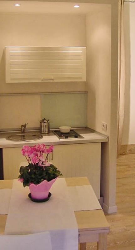 470-cucina_large-293-0.jpg - Piazza di Spagna II - Rome - rentals