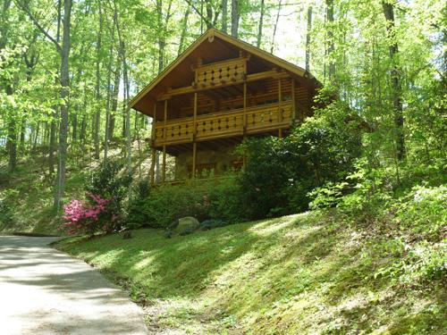 Exterior - Enchanted Forest - Gatlinburg - rentals