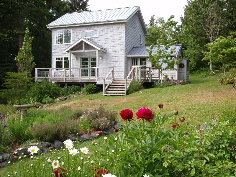 House in spring - Serene Orcas Island vacation home - Orcas Island - rentals