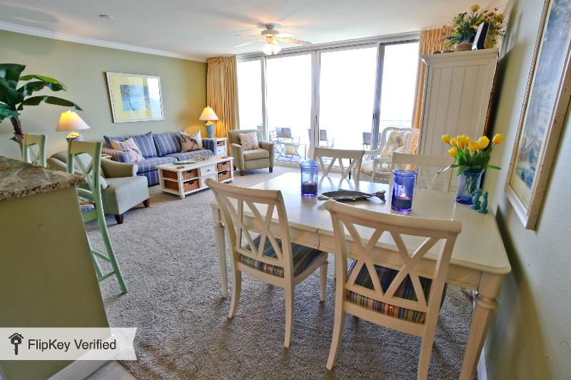 Oceanfront 1 Bedroom that Sleeps 6 in Panama City Beach - Image 1 - Panama City Beach - rentals
