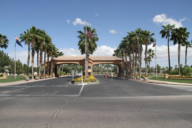 Beautiful Entrance - AAABest Casa Grande Arizona Palm Creek Golf Resort - Casa Grande - rentals