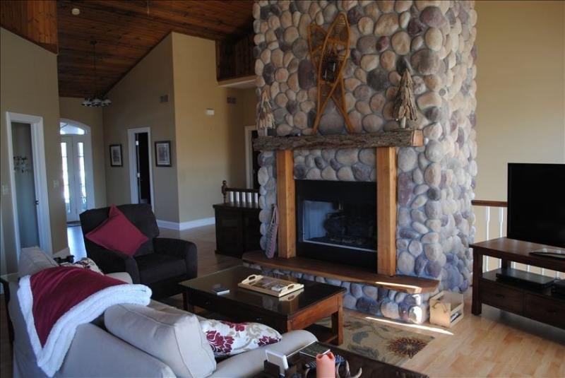 Great Room Fireplace - Awesome 5BR Home with hot tub, fire pit, wifi - Galena - rentals