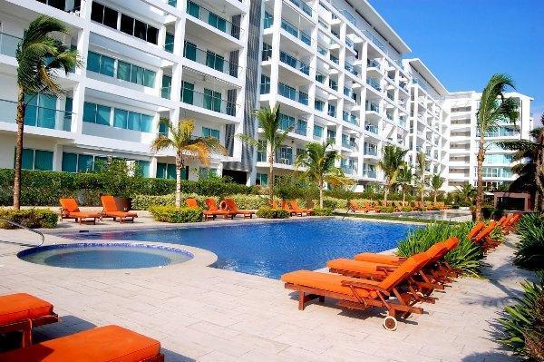 CARTAGENA RENTAL - Amazing Beach Apartment In Cartagena  **Sleeps 5 - Cartagena - rentals
