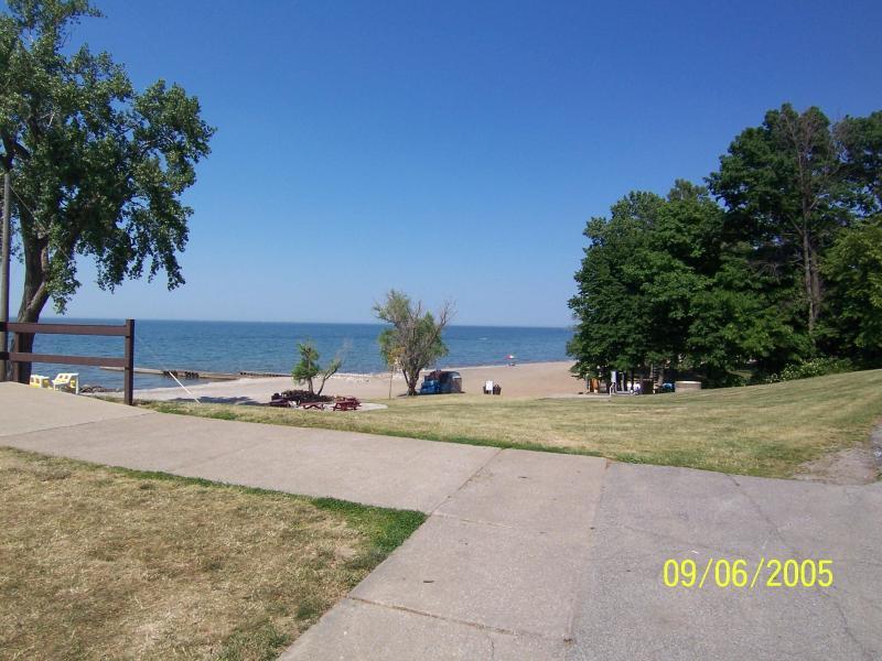 Beautiful Beulah Beach Lakefront Community - Image 1 - Vermilion - rentals
