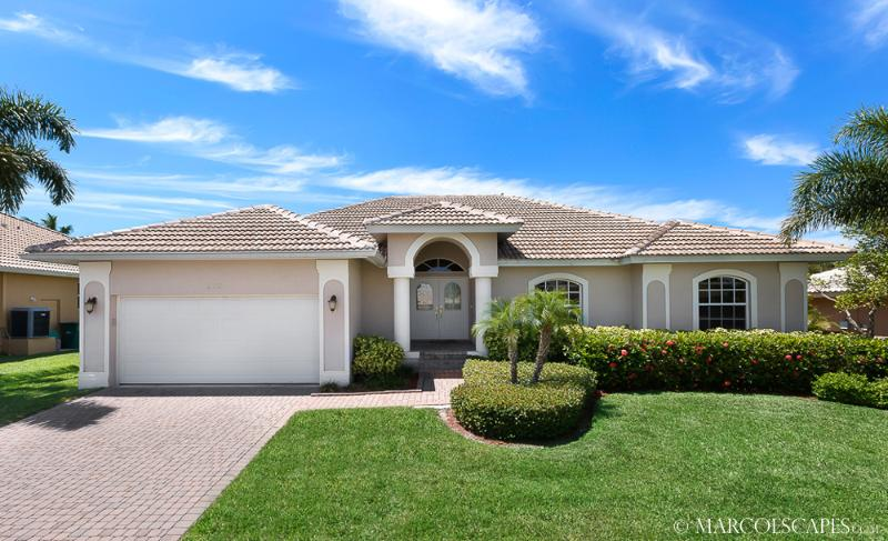 MONTEGO - Perfect Private Escape for Honeymooners !! - Image 1 - Marco Island - rentals