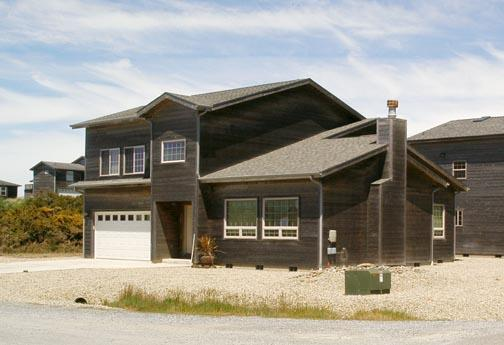 Pelican Point - Pelican Point is a new beautiful 3 bdrm 2 1/2 ba - Bandon - rentals