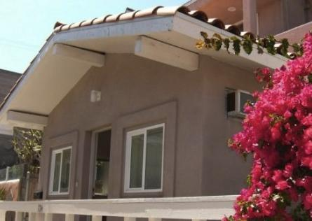 #140 Mission Beach Home w Roof Deck w Ocean Views - Image 1 - Pacific Beach - rentals