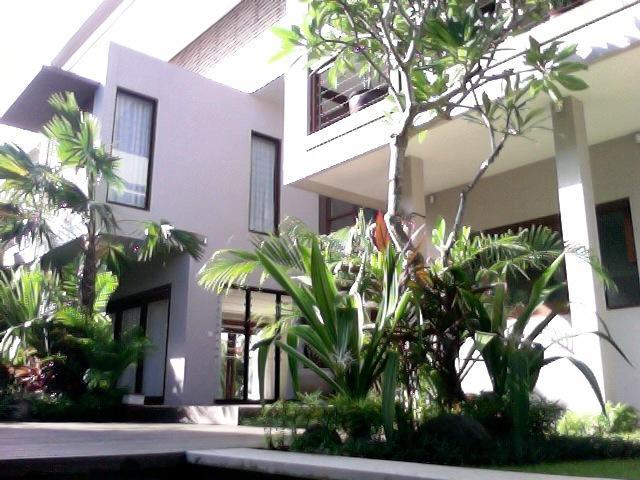 KUTA LUXURY VILLA - 4 BEDROOMS - KUBU - Image 1 - Kuta - rentals