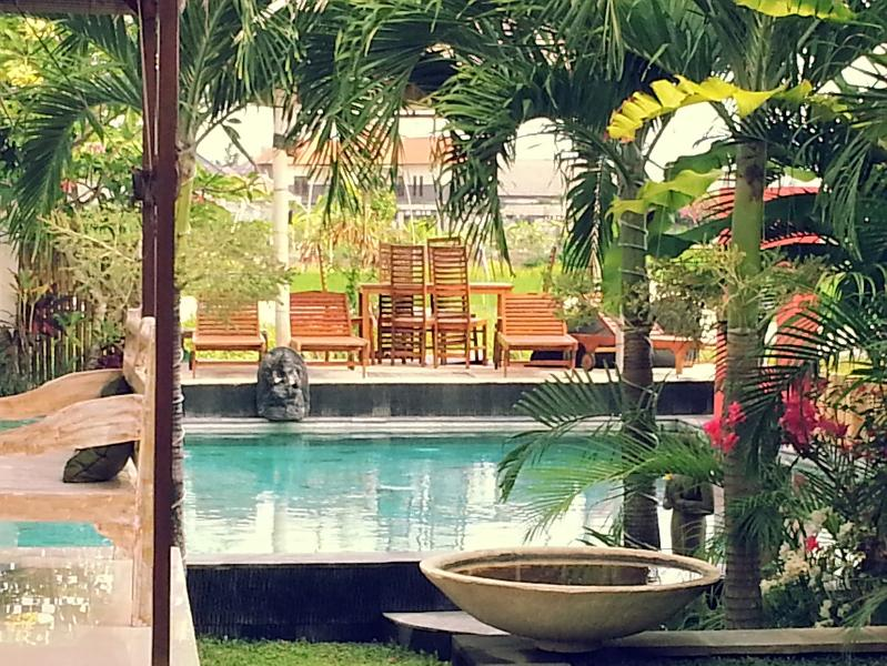 after walking in and before turning left in the sitting area - CHEAP GOOD 4 - 5 or 6 BR Villa Umalas Seminyak - Kerobokan - rentals