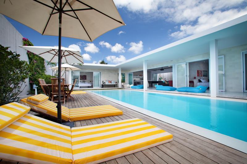 Pool Deck - Villa Anak Bali Seminyak / Petitenget, Bali - Seminyak - rentals