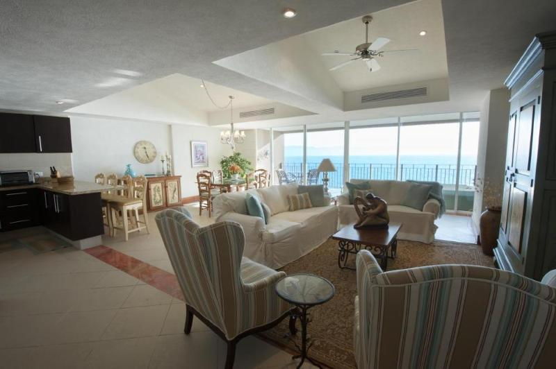 Spacious Living/dining area with fabulous view - Puerto Vallarta 2.5 Bd Oceanfront Luxury Condo - Puerto Vallarta - rentals
