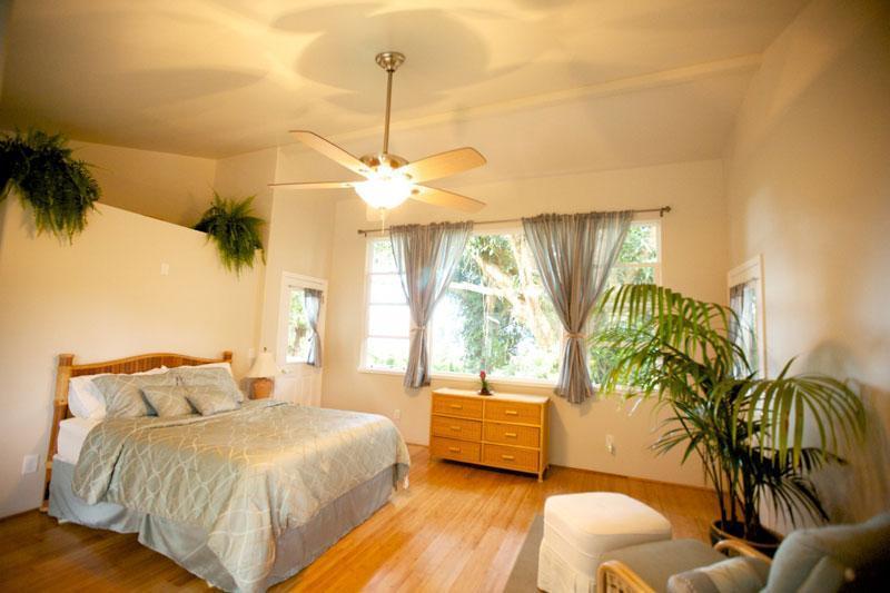 Bedroom - Haiku Anuenue - 2 Bedroom 2 Bath Cottage - Haiku - rentals