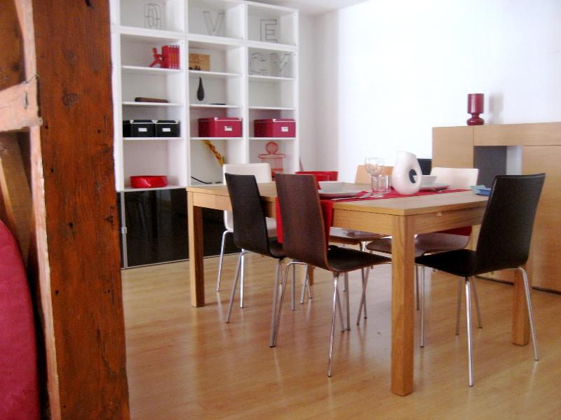 Dinning Room - Spacious 2bd Ap @Baixa heart Lisbon - Lisbon - rentals