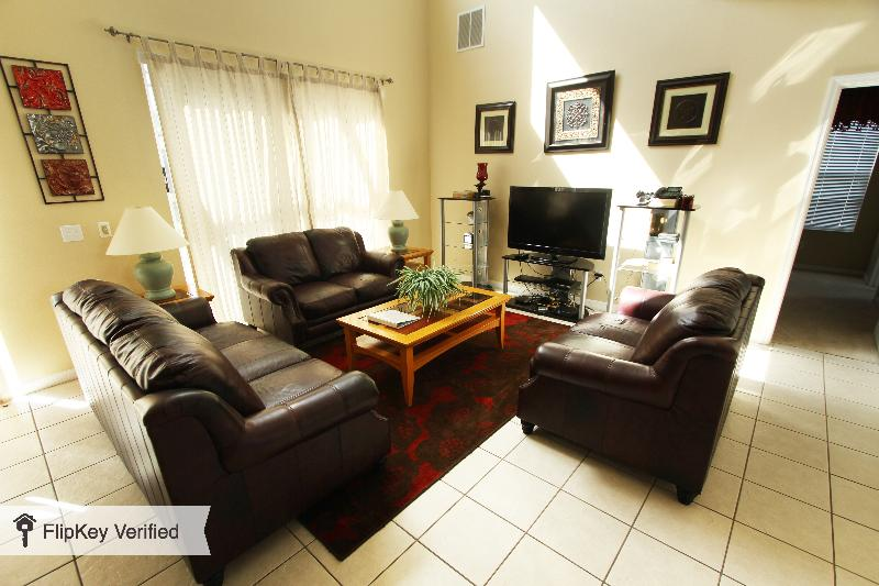 7 Bedroom Condo with Pool, Hot Tub, and only 7 miles to Disney - Image 1 - Kissimmee - rentals