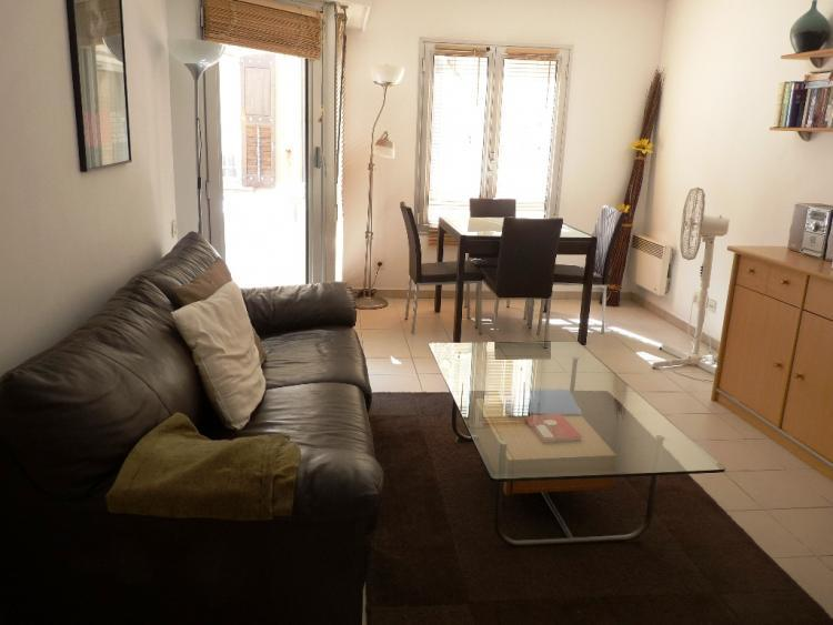 Impasse de la Bergerie- Excellent 1 Bedroom with a Balcony, in Cannes - Image 1 - Cannes - rentals