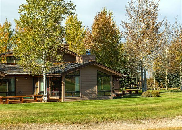 Golf Creek 15 - Exterior - Golf Creek condo close Proxity to Grand Teton National Park! - Jackson - rentals