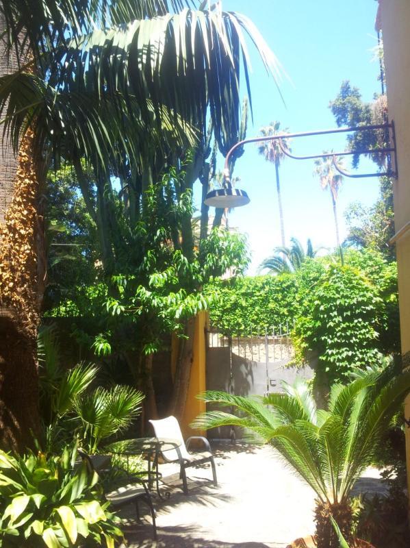 Charming villino amazing garden in Tropea center - Image 1 - Tropea - rentals