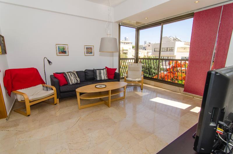 Elkalai 3 - Basel Square Apartment - 2 Bed - Image 1 - Tel Aviv - rentals