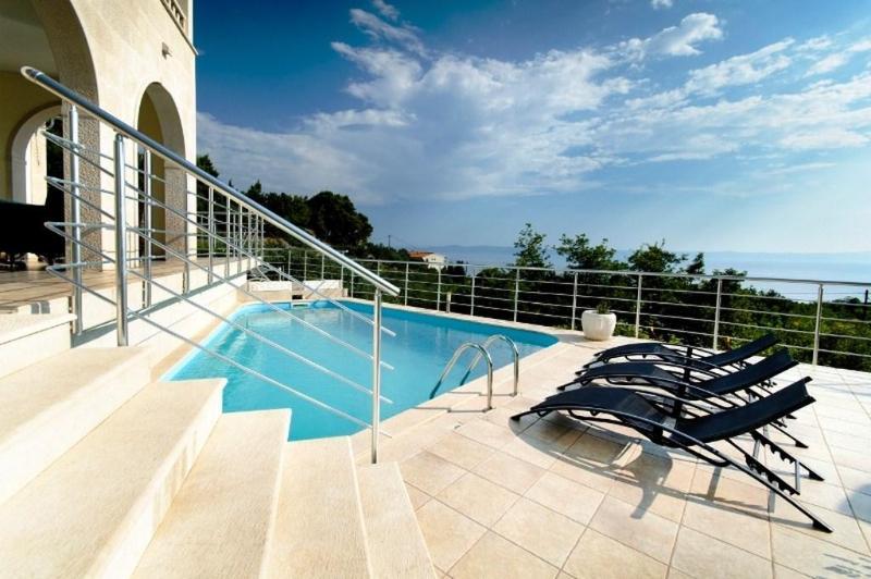 Villa Vanessa (12+4) - Makarska - Image 1 - Makarska - rentals