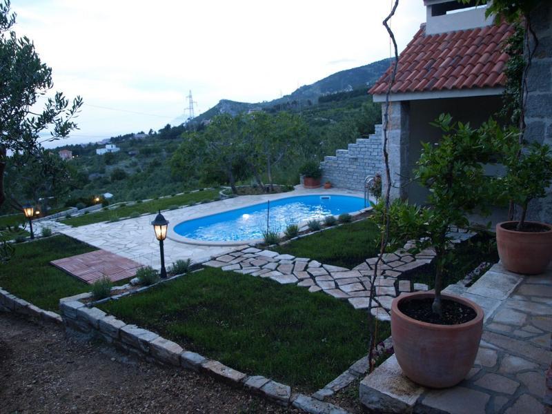 Villa Danijela 2+2 - Makarska - Image 1 - Makarska - rentals