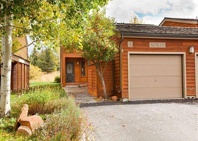 Front Door to Moran A - 4 bed/3 bath Teton Shadows- Close Proximity to Grant Teton National Park! - Jackson - rentals