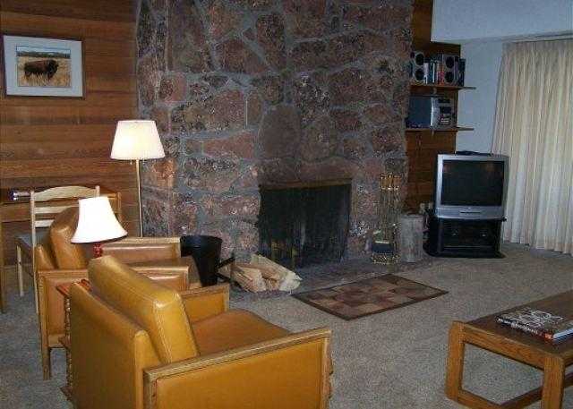 White Ridge A3 - Living Room - Whiter Rdge A3 - Walk to the Slopes from your Front Door! - Teton Village - rentals