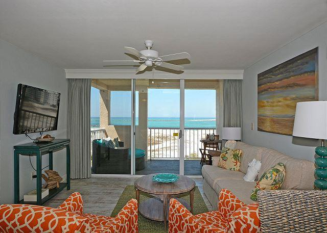 2 Bedroom / 2 Bath, Sleeps 6, Gulf, Pass, Harbor Views - Image 1 - Destin - rentals