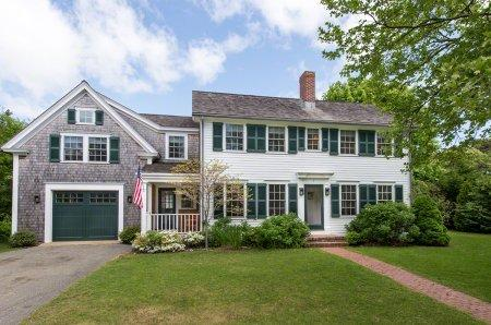 LUXURIOUS COASTAL COLONIAL IN KATAMA - KAT NRAN-05 - Image 1 - Edgartown - rentals