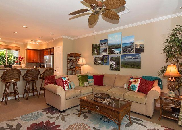 Living room - POOLSIDE VILLA WITH BBQ! -SPRING/SUMMER SPECIAL - 7th NIGHT COMP (4/8-6/30) - Waikoloa - rentals