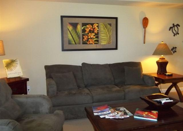 Living room - YOUR PEACEFUL PLACE IN PARADISE! LAVA FLOW SPECIAL AUG-OCT 7TH NIGHT COMP - Waikoloa - rentals