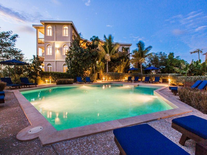 The Fountain Residences  - The Fountain Residences - Studio Residence with Swimming Pool & Ocean Views - Shoal Bay Village - rentals