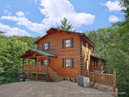Smoky Bear Manor - Image 1 - Sevierville - rentals