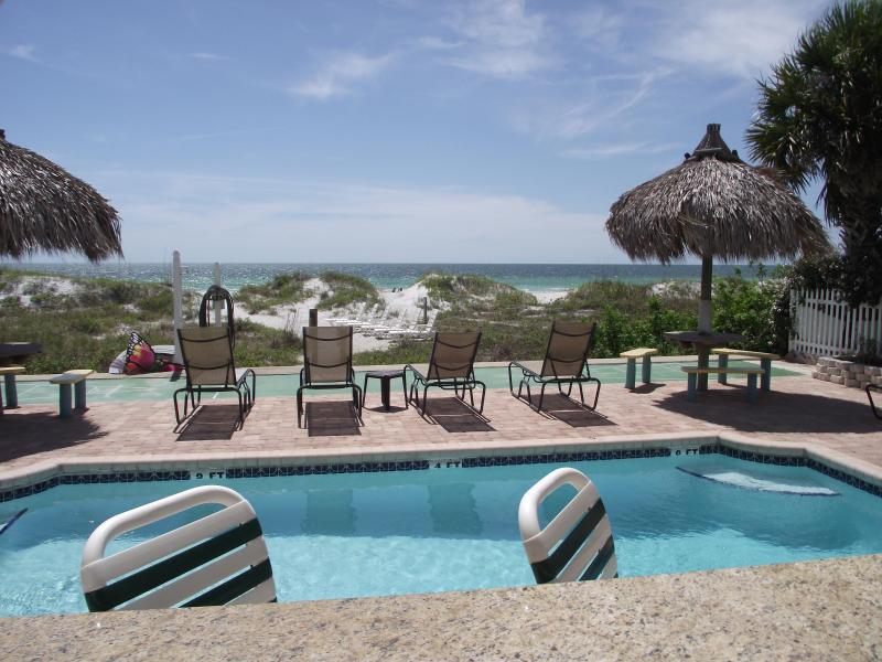 Welcome to beach life! - Sand Isle, Indian Rocks Beach. Prices include tax! - Indian Rocks Beach - rentals