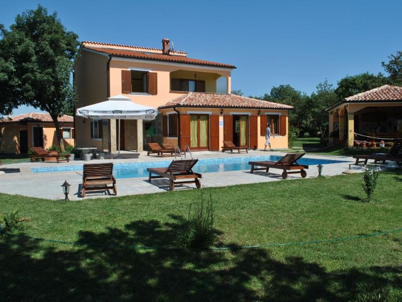Pula House With Swimming Pool!!! - Image 1 - Pula - rentals