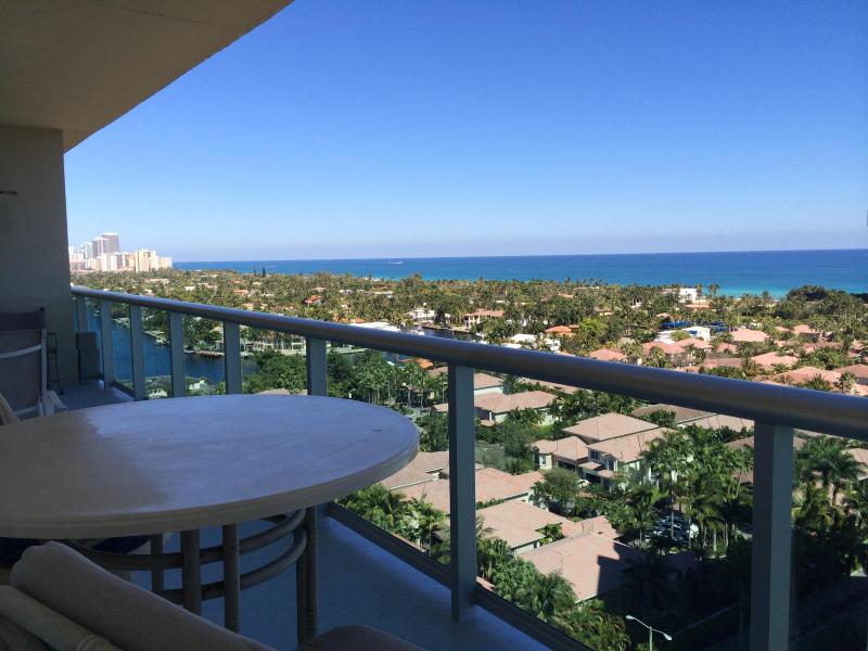 BALCONY VIEW - Penthouse Remodeled 2 Br +Den 17TH FL SUNNY ISLES - Sunny Isles Beach - rentals